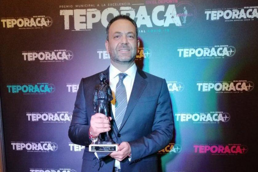 Reconocen con el Teporaca a Anwar Elías como directivo del 2020